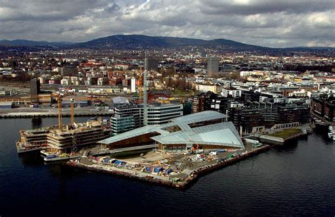 ASTRUP FEARNLEY MUSEET BY RENZO PIANO   A As Architecture