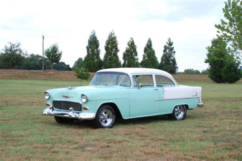 55 Chevy Bel Air 210 Post for sale: photos, technical