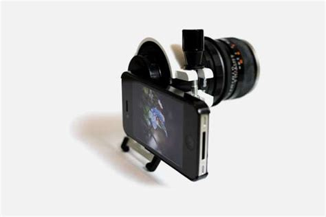 iPhone Camera Attachments : iPhone 4 with a DSLR lens