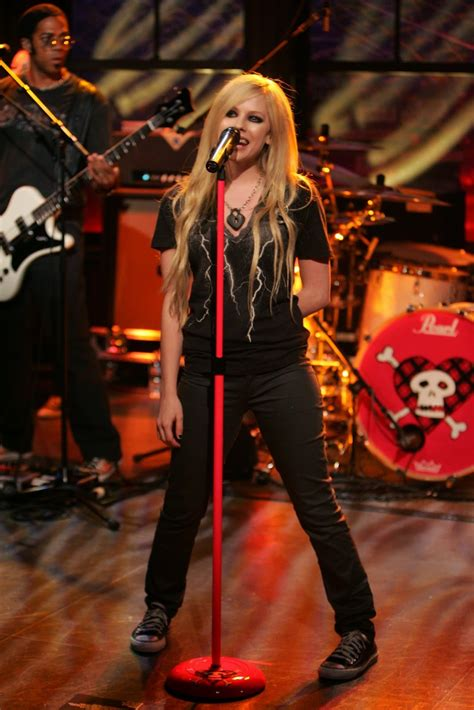 Live on Stage: Avril Lavigne - Performs on The Late Show